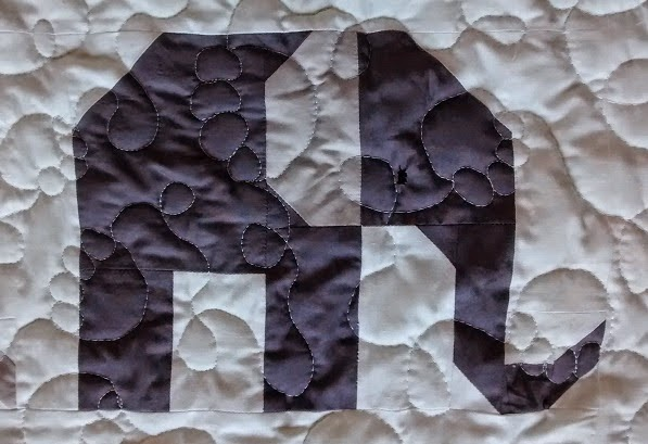 https://quiltinginamsterdam.blogspot.ca/2015/03/free-motion-quilting-elephant-footprint